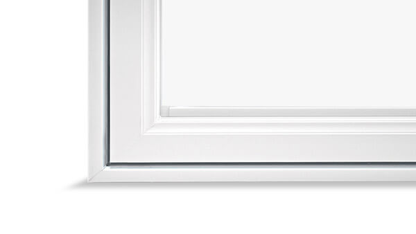 Beverley Hills double hung windows feature a High-gloss finish.